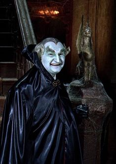 Al Lewis as Grandpa Munster - Giuliana Munsters Car, Munsters Tv Show, Munsters House, Hollywood Icons, Classic Hollywood, Black Sheep Of The Family, Scary Tales, Female Vampire, Childhood Tv Shows
