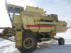 New Holland 1400 Combine - Online Only Auction Ending Monday, February 16, 2015. Mason, WI. #auction #wisconsin