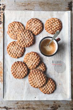 ... chestnut and hazelnut cookies ...