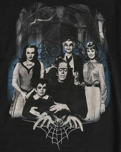 The Munsters Go Home Family Portrait Tee