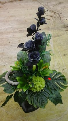 Funeral Flower A Altar Flowers, Ikebana Flower Arrangement, Funeral Flower Arrangements, Modern Flower Arrangements, Artificial Flower Arrangements, Funeral Flowers, Artificial Flowers, Nylon Flowers, Silk Flowers
