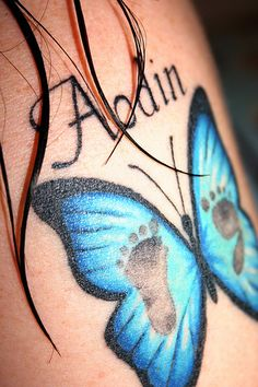 This is more of the idea I would do, on my back with all my babies. Each one for each kid, with their names under it and two footprints inside the butterfly Mother Daughter Tattoos, Tattoos For Daughters, Cute Tattoos, Baby Feet Tattoos, New Tattoos, Awesome Tattoos, Beautiful Tattoos, Awareness Tattoo, Kid Names