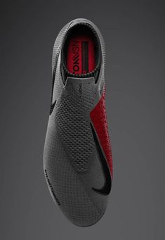 Nike launch the PhantomVSN to be worn by De Bruyne & Coutinho - SoccerBible - shoes - Schuhe Nike Football Boots, Nike Boots, Soccer Boots, Soccer Cleats, Nike Soccer Shoes, Nike Cleats, Sneakers Mode, Sneakers Fashion, Fashion Shoes