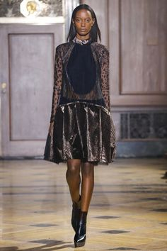 Sophie Theallet Fall 2016 Ready-to-Wear Collection Photos - Vogue Runway Fashion, High Fashion, Fashion Beauty, Fashion Show, Sophie Theallet, 2016 Trends, Fall 2016, Catwalk, Ready To Wear
