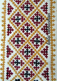 The Beauty of Indian Embroidery - Kutchwork! Embroidery On Kurtis, Kurti Embroidery Design, Embroidery Neck Designs, Hand Work Embroidery, Indian Embroidery, Hand Embroidery Stitches, Embroidery Techniques, Embroidery Patterns, Border Embroidery