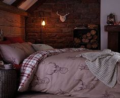 Catherine Lansfield Stag King Duvet Set - Multi No description (Barcode EAN = 5055848207062). http://www.comparestoreprices.co.uk/december-2016-week-1/catherine-lansfield-stag-king-duvet-set--multi.asp