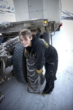 Lisa Kelly -- Ice Road Trucker
