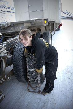 Lisa Kelly -- Ice Road Trucker