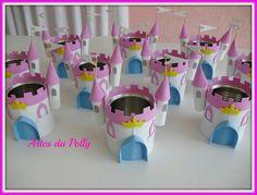 Castillo Princess Theme Birthday, Princess Party Favors, Kid Party Favors, 2nd Birthday Parties, Drunk Disney, Festa Frozen Fever, Castle Crafts, Diy And Crafts, Paper Crafts