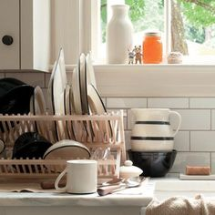 The Blackline Stoneware line is made in Ohio exclusively for Schoolhouse Electric Co.