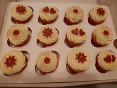 Mini Ruby Anniversary cupcakes
