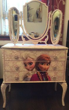 Frozen Dresser Made By Maison Mint Chalk Paint Frozen Elsa