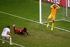 Tim Howard Wife | United States' Clint Dempsey scores his side's second goal making ...