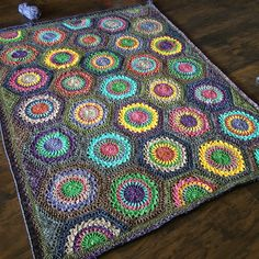 Hexagon Burst: Free Pattern - cypress|textiles