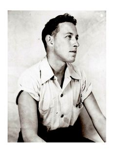 """A young Thomas Lanier """"Tennessee"""" Williams Born in Mississippi and raised in St., Williams was one of the greatest American playwrights of the Century. Book Writer, Book Authors, Books, Tennessee Williams, Writers And Poets, Writers Write, Manado, Famous Men, Famous People"""