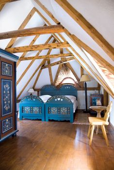 Hanul Balaban Traditional Interior, Traditional Design, Exterior Design, Interior And Exterior, Mud House, Room Partition Designs, Beautiful Bedrooms, My Dream Home, Home Deco