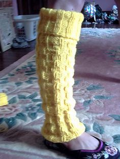 Basket Stitch Leg Warmers by chloeheartsowls ~ FREE