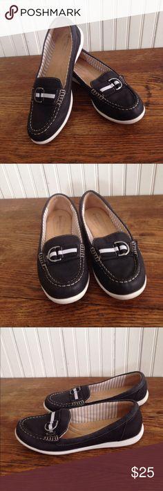 Naturalizer N5 comfort black flats size 9 Naturalizer N5 comfort black flats size 9, leather uppers , great condition Naturalizer Shoes