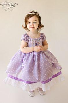 Vestido de Sofia la primera 1ª princesa en sólido lavanda de Disney