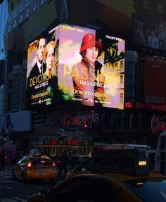 times square loves downton abbey!!