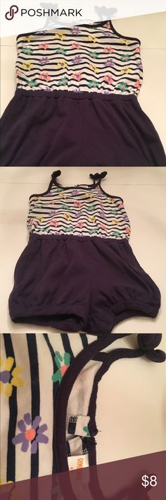Gymboree girls jumper Super cute Gymboree girls jumper. This outfit is in good condition has a tiny stain in the front of outfit. This outfit is a size 4t. I am willing to accept offers. Gymboree Matching Sets