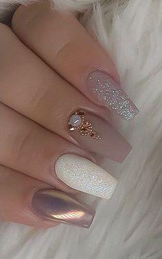 2020 nail trends pink nail art ideas summernail springnail beauty nails acrylicnail glitternail gelnail mattenail nailart naildesign nail pink glitter fade on coffin nail acrylicnaildesigns Best Acrylic Nails, Acrylic Nail Designs, Nail Art Designs, Rhinestone Nails, Bling Nails, Nagel Bling, Nagellack Trends, Pink Nail Art, Manicure E Pedicure