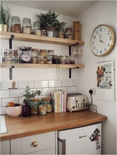 A corner of my kitchen and my favourite part, the exposed industrial shelving. - A corner of my kitchen and my favourite part, the exposed industrial shelving. A corner of my kitchen and my favourite part, the exposed industrial shelving. Küchen Design, Interior Design, Design Layouts, Modern Design, Timeless Design, Interior Decorating, Decorating Ideas, Design Ideas, Decor Ideas