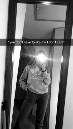 Instagram Picture Quotes, Cute Instagram Captions, Funny Snapchat Pictures, Snapchat Quotes, Mood Instagram, Instagram And Snapchat, Snap Snapchat, Creative Instagram Photo Ideas, Instagram Story Ideas