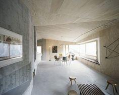 Architektenhaus Interieur Betonwand Granitboden