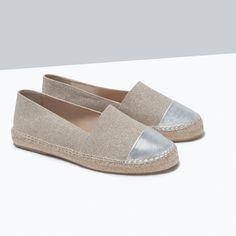 ESPADRILLES À BOUT MÉTALLISÉ-Chaussures plates-Chaussures-FEMME | ZARA France
