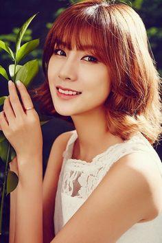 Kpop Girl Groups, Korean Girl Groups, Kpop Girls, Namjoo Apink, Oh Hayoung, Son Na Eun, Pink Panda, Brand New Day, Beautiful Person