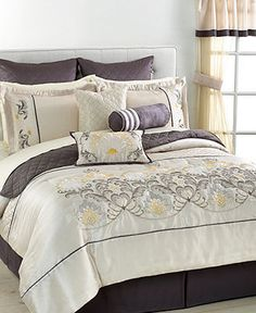 Geneva 22 Piece Queen Comforter Set