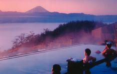 Watch the Sunrise over Mount Fuji at Hottarakashi Onsen - Coto Japanese Academy Japanese Hot Springs, Monte Fuji, Japanese Bath, Japan Travel, Japan Trip, Tokyo Japan, Holiday Destinations, Alter, Paisajes