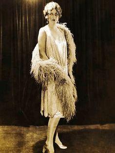 Vai aderir a releitura do Flapper Dress?