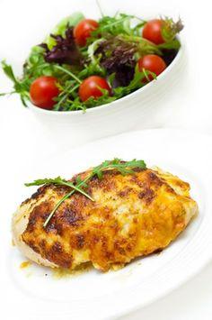 Chicken spinach parmesan  Low-Fat Chicken Recipes | Women's Health Magazine  #chickenrecipes #chicken #recipe #salad