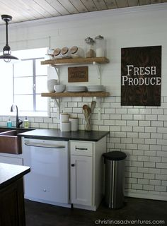 DIY Farmhouse Kitchen Makeover. Love this kitchen