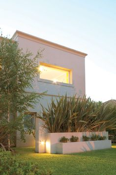 Exterior Home Modern Luxury Ideas Patio Design, House Design, House Columns, Exterior Wall Light, Minimal Home, Modern Landscaping, Modern Exterior, Construction, Modern Luxury