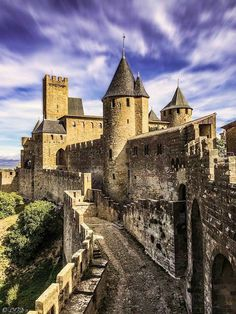 Castle House, Cool Photos, Amazing Photos, Luxembourg, Building A House, Beautiful Places, Around The Worlds, The Incredibles, Mansions