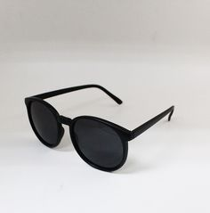 2014 New Stylish Cool Plastic Frame Round Glasses Retro Unisex Sunglasses Free Shipping-in Sunglasses from Women's Clothing & Accessories on Aliexpress.com | Alibaba Group