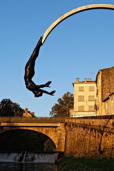 """""""la Plongeuse"""" Mont-de-Marsan Sculptures 2016"""