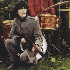George guarding Ringo