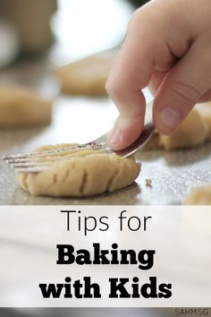 Getting ready to do some baking with kids? Grab these tips so you can enjoy more of the experience and stress less.
