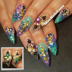 Still one of my favourite designs to recreate... Mermaid Nails! I just love these colours! Featuring @swarovski crystals purchased from @stephen_arnold_ltd! For pricing & booking information please email - details in bio!  @nailsmagazine @nailitmag @nailpromagazine @scratchmagazine #stilettonails #ombrenails #nails #nailart #nailartclub #nailporn #nailswag #nailsoftheday #instanails #nailstagram #nailgasm #nail #nailpromote #nailprodigy #vegas_nay #mermaid #mermaidnails #mylarnails…