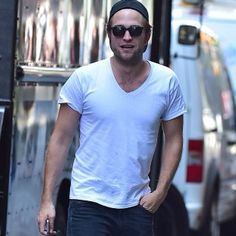 New Pictures of #RobertPattinson in NYC (8/25/2014)