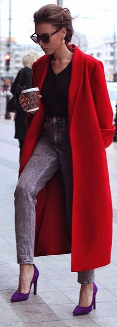 Love the combination of glamorous hair and Red Oversize Coat and casual mom jeans