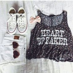 Image uploaded by ★. Find images and videos about love, fashion and cute on We Heart It - the app to get lost in what you love. Fashion Moda, I Love Fashion, Teen Fashion, Passion For Fashion, Womens Fashion, Fashion Outfits, Daily Fashion, Fashion Shoes, Fashion Tips