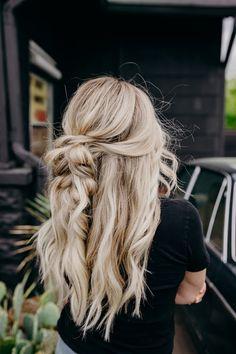 Braided halfup hairstyle by Lauren Treat's Hair for Harper Ellis Hair Co. - - Braided halfup hairstyle by Lauren Treat's Hair for Harper Ellis Hair Co. in Nashville Box Braids Hairstyles, Pretty Hairstyles, Cute Blonde Hairstyles, Hairstyle Braid, Simple Hairstyles, Baddie Hairstyles, Formal Hairstyles, Hairstyle Ideas, Curly Hairstyles