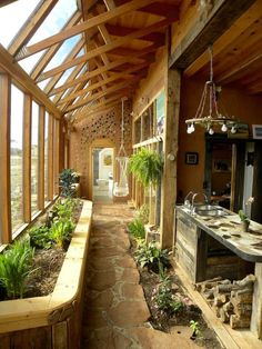 Architecture with the Earthship Sustainable Home - Winter Garden .- Architektur mit dem Earthship Sustainable Home – Wintergarten Ideen Architecture with the Earthship Sustainable Home / - Earth Homes, Natural Home Decor, Natural Homes, Renting A House, Home Decor Inspiration, My Dream Home, Dream Homes, Future House, Architecture Design