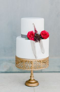 Wedding in Monemvasia 3 Tier Wedding Cakes, Wedding Cake Photos, Chandelier Cake Stand, Metal Cake Stand, Naked Cakes, Greece Wedding, Burgundy Wedding, Bridal, Wedding Styles