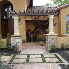 Spanish Style Front Entry Courtyard Gardening